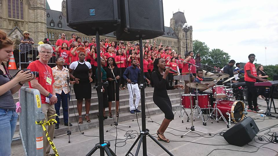 Young people lead worship on Parliament Hill.